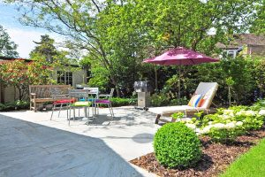 Grass and Mulch lawn care